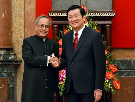 Chủ tịch nước Trương Tấn Sang và Tổng thống Ấn Độ Pranab Mukherjee.