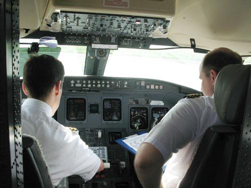 Vietnam Airlines Tuyển học viên phi công cơ bản