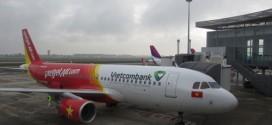 Chiếc Airbus A320 đầu tiên thuộc sở hữu của Vietjet mang biểu tượng Vietcombank.