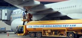 Hiện có 2 DN trong nước tham gia cung cấp nhiên liệu bay cho các hãng ở sân bay nội địa