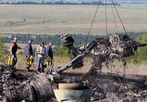 Hiện trường vụ tai nạn máy bay MH17.