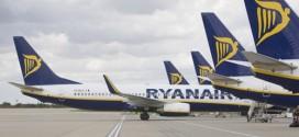 Ryanair rất tích cực tìm cách hạ chi phí lao động.