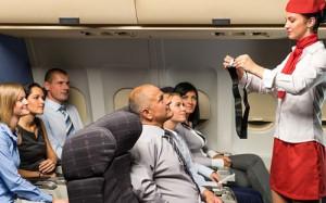 Cũng vì lý do an toàn, Heather luôn yêu cầu cậu con trai 9 tuổi của mình thắt dây an toàn khi bay.
