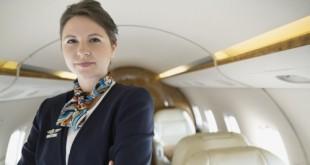 Công việc tiếp viên hàng không có nhiều khó khăn mà không phải lúc nào hành khách cũng biết.