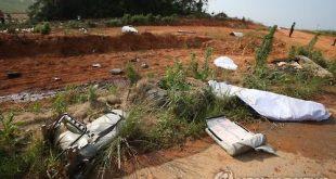 Hiện trường máy bay rơi ở Hàn Quốc.