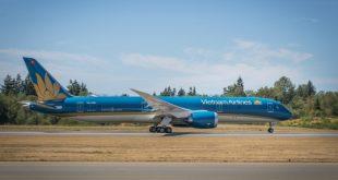 Đội bay của Vietnam Airlines hiện có 93 máy bay, trong đó có 9 máy bay B787-9 và 8 chiếc A350.