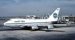 Một chiếc máy bay của Pan American Airways.