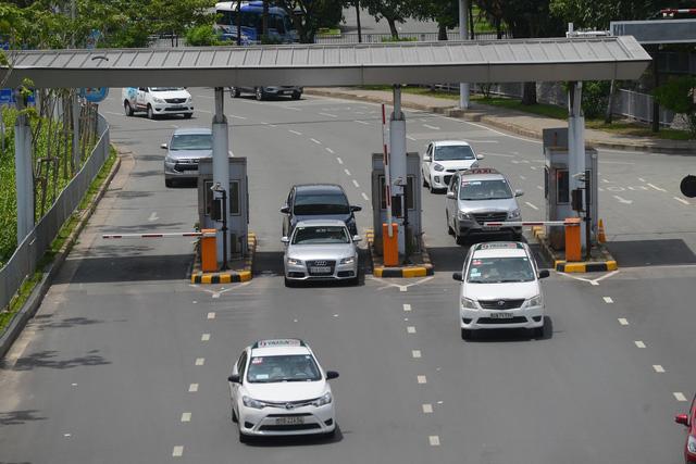 Thanh tra Chính phủ nêu ACV thu phí ra vào sân bay thu sai 551 tỉ đồng nhưng đến nay đơn vị này vẫn khẳng định thu tiếp