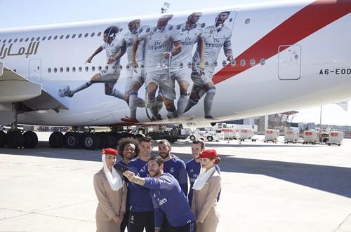 5 cầu thủ của Real Madrid được vinh danh trên thân máy bay Emirates.