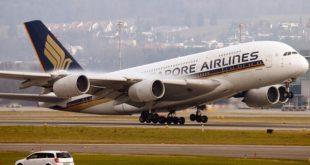 Tiếp viên hàng không của hãng Singapore Airlines vừa bị bắt vì buôn lậu hơn 1 kg vàng qua Ấn Độ.