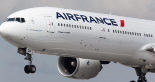Một tàu bay Boeing 777 trong biên chế của Air France.