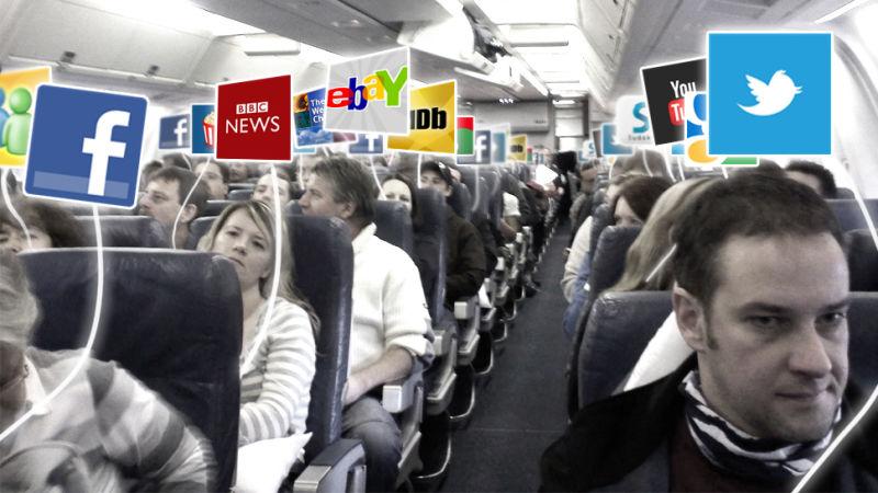 """Các """"thượng đế"""" đi máy bay sẽ tha hồ truy cập, sử dụng internet trên không"""