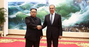 Ngoại trưởng Nga Sergei Lavrov gặp mặt ông Kim Jong Un trong chuyến công du tới Bình Nhưỡng.