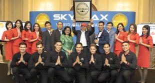 Đại diện của hãng nhận giải tại London, Anh. 2018 cũng là năm thứ sáu liên tiếp hãng này nhận giải thưởng khoang hạng sang giá rẻ tốt nhất thế giới và tiếp tục đứng đầu trong hạng mục hãng hàng không giá rẻ tốt nhất châu Á.