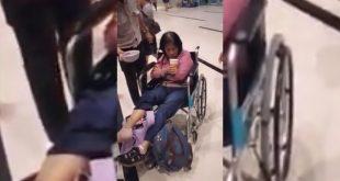 Theo đại diện hãng hàng không Vietjet, chỉ có một vài hành khách bị va chạm đã được khẩn trương đưa vào bệnh viện kiểm tra sức khỏe.
