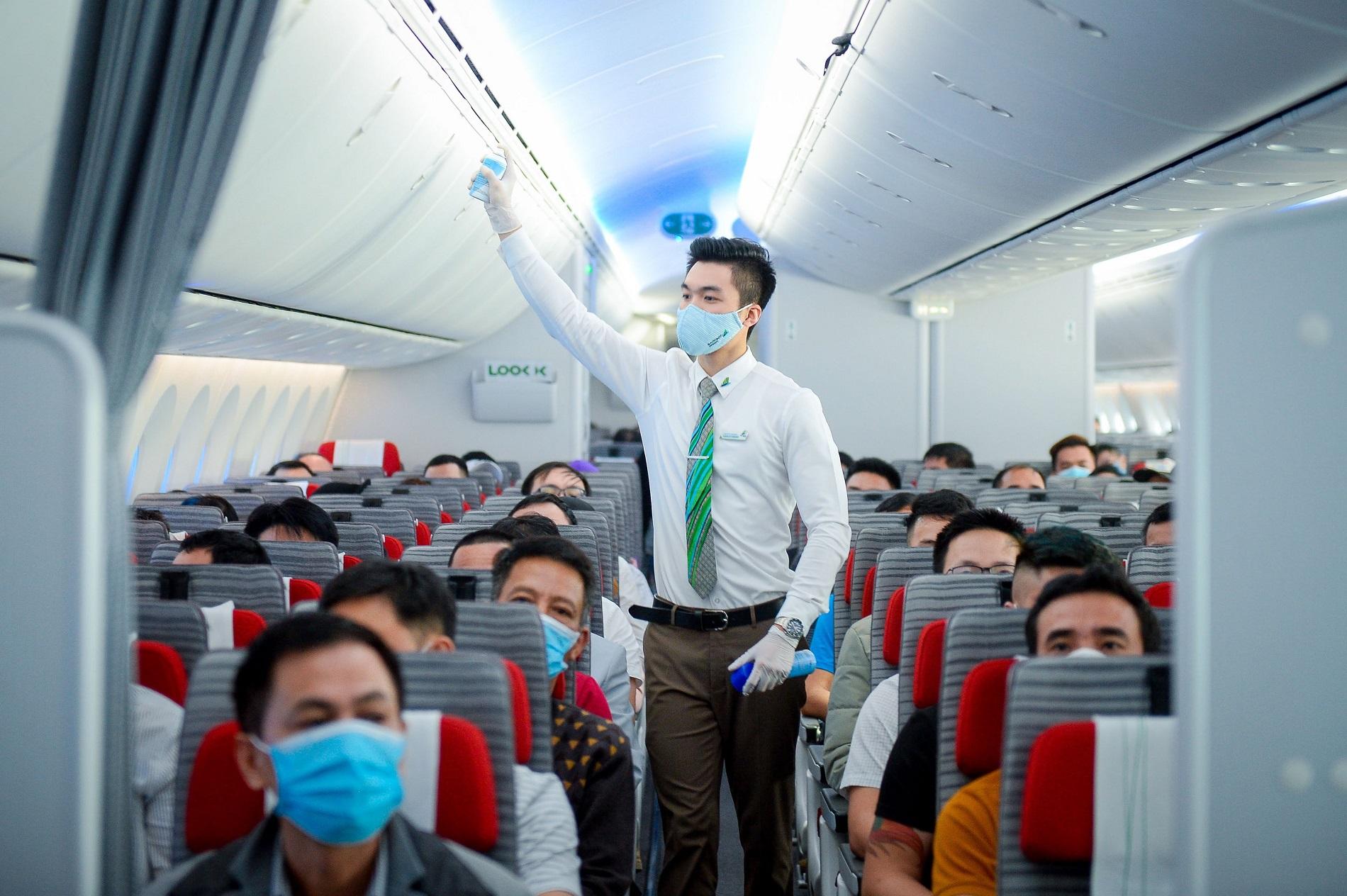 Sacombank và Bamboo Airways ký kết hợp tác toàn diện vào tháng 4/2021